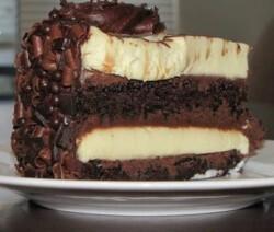 Bolo Mousse de Chocolate Preto e Branco