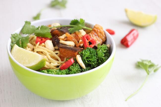 Aubergine red Thai curry noodle bowls