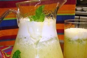 Sumo de Abacaxi e Hortelã