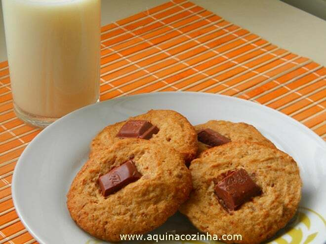 Receita de cookies com pedaços de chocolate