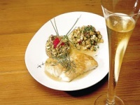 Pescado en salsa de champán brut