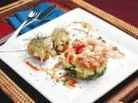 Ensalada de mar y tartar de palta