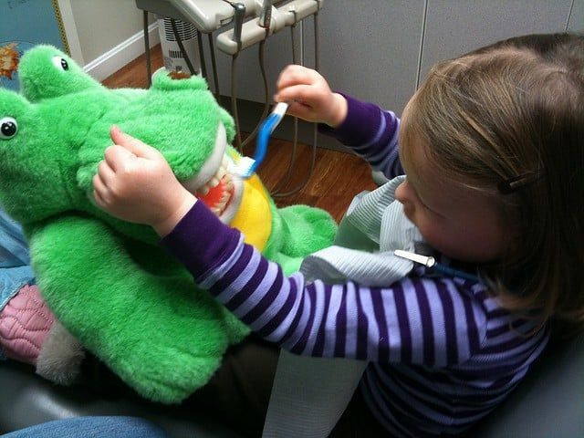 Niños con caries|Peligros de una dieta inadecuada