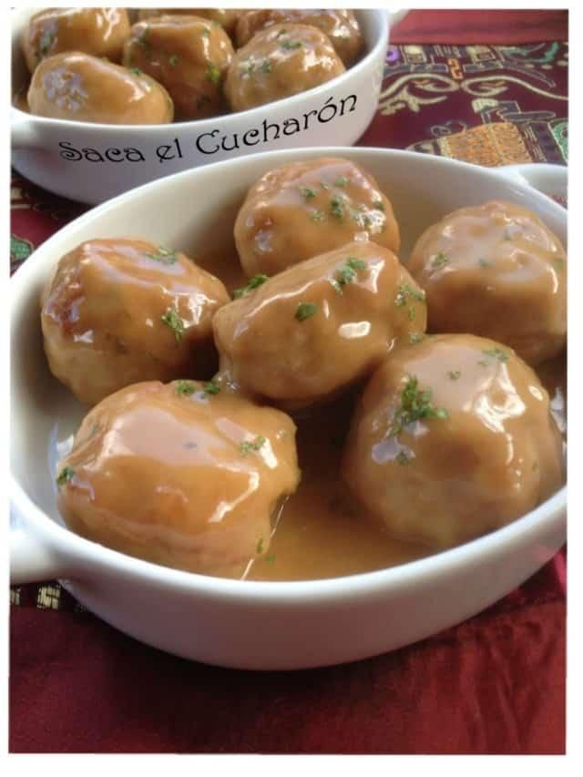 ¿Cómo hacer albondigas de pollo en salsa agridulce?