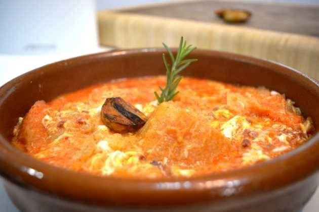 Sopa de ajo a la castellana