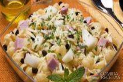 Receita de Salada ao vinagrete de melão com presunto