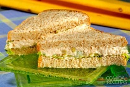 Receita de Sanduíche saudável de frango
