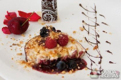 Receita de Canolis de chocolate com recheio de frutas vermelhas