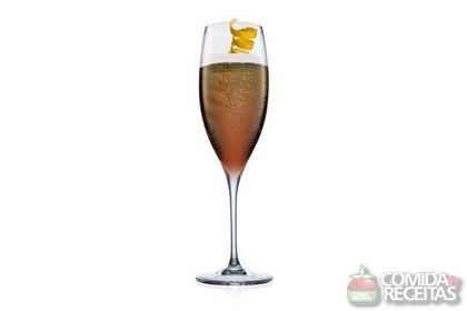 Receita de Champagne Cocktail