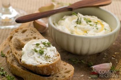 Receita de Pasta de alho para churrasco