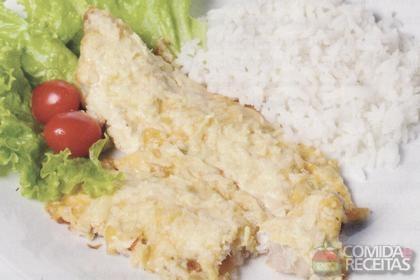 Receita de Filé de pescada ao molho de maracujá