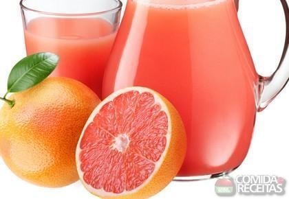 Receita de Suco de laranja, mamão e acerola