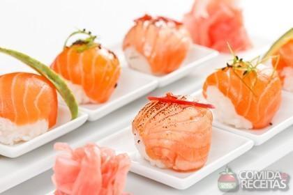 Receita de Nigiri de salmão