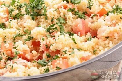 Receita de Salada de couscous com salmão