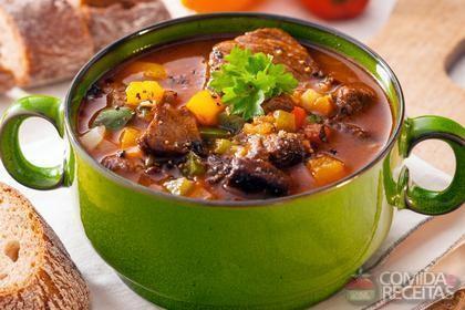 Receita de Carne ensopada com legumes