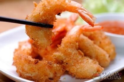 Receita de Espetinho de camarão empanado
