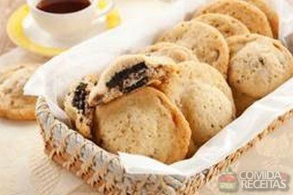 Receita de Crocante recheado de biscoito de chocolate