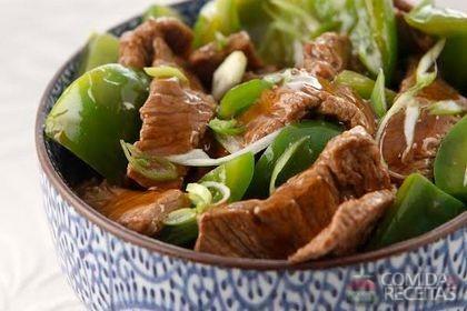 Receita de Carne de porco com 5 Temperos Chineses, pimentão e cebolinha