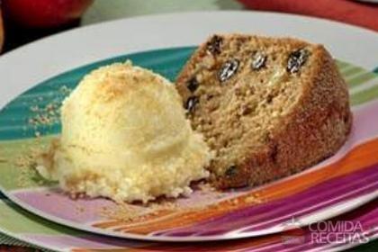 Receita de Bolo de casca de maçã com biscoito