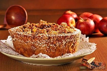 Receita de Bolo de maçã com coco queimado