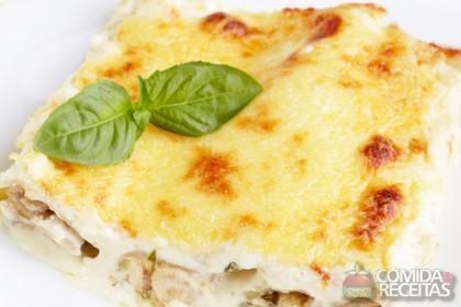 Receita de Canelone com molho de queijo