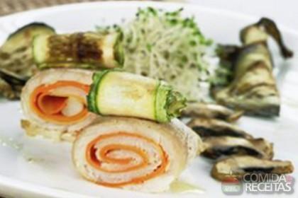 Receita de Filé de peixe com legumes e cogumelo