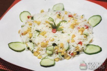 Receita de Salada de arroz colorido