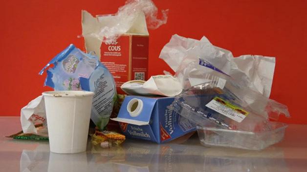 O que é pior: sacolas plásticas ou embalagens descartáveis?