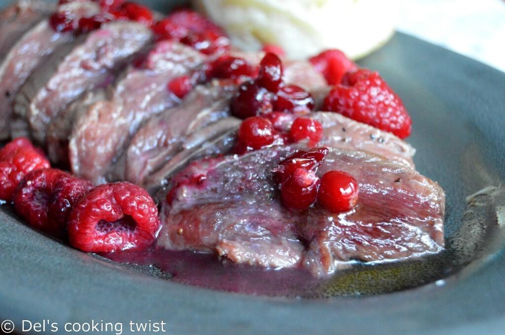 Magrets de canard sauce framboises & canneberges au miel
