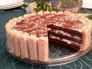 Tiramisu torta sa jagodičastim voćem