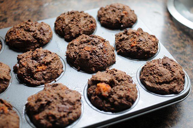 Muffini sa čokoladom i japanskom jabukom