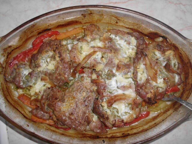 Svinjske šnicle sa povrćem iz rerne