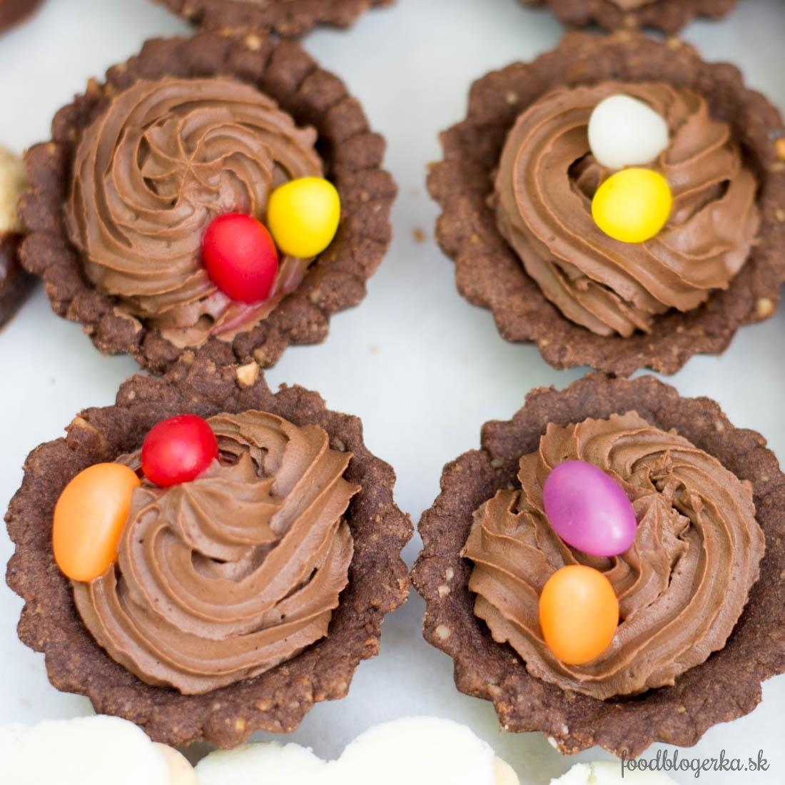 Kakaové košíčky s parížskou šľahačkou