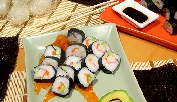comidas con kanikama con arroz