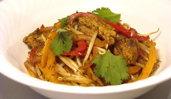 Wok de Cerdo al Jengibre y Curry