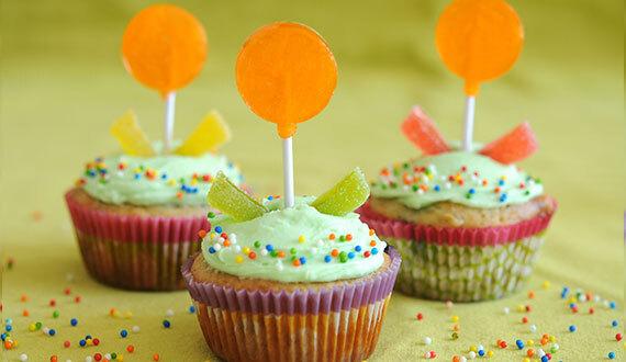 Cupcake de Arandanos, Chocolate Blanco y Naranja