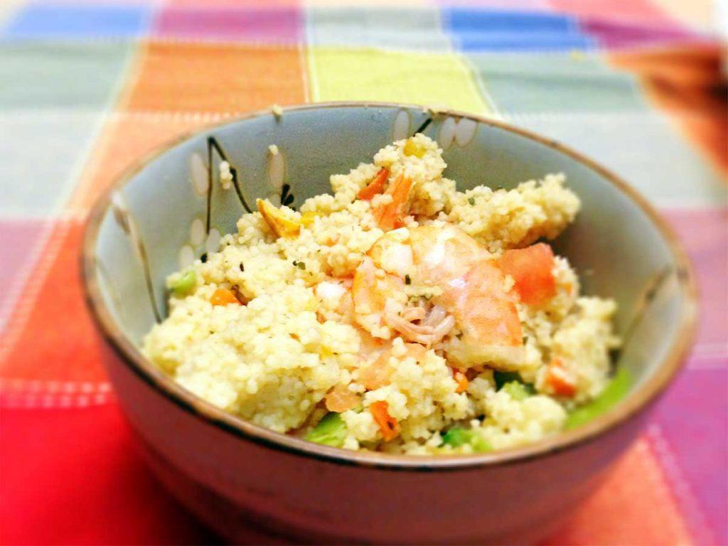 Couscous marroquino de camarão e carambola