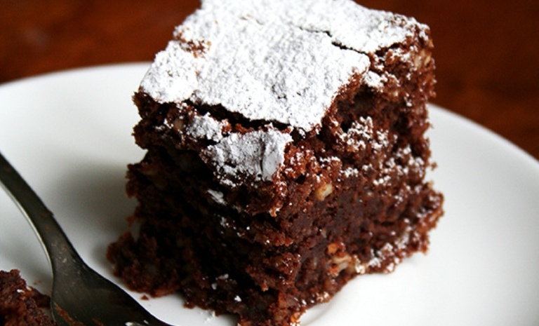 Bolo Caprese — Bolo de chocolate e amêndoa