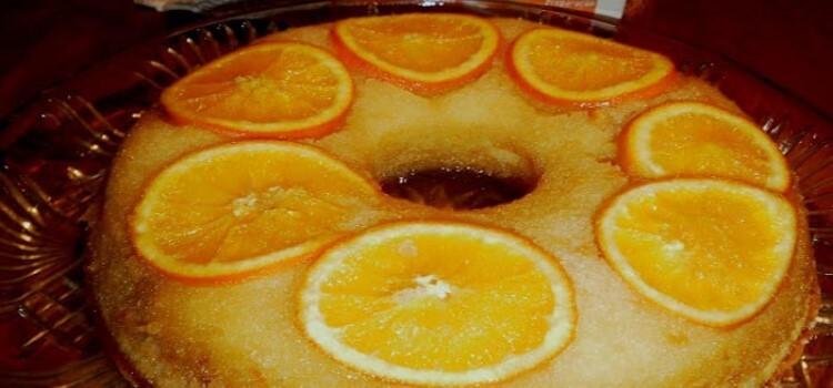 Bolo fácil de laranja caramelizado