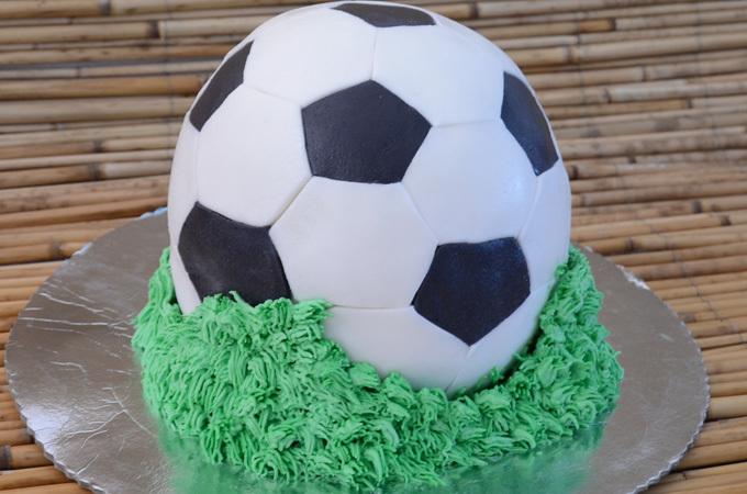 Torta lopta (tutorijal za dekoraciju)