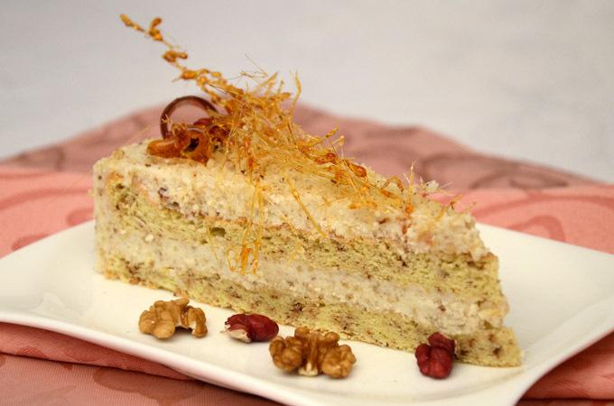 Torta od oraha sa bijelom čokoladom