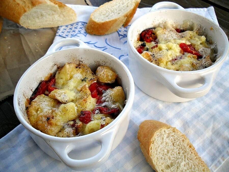 Gaga u kujni – Zapečeni bri i sušeni paradajz