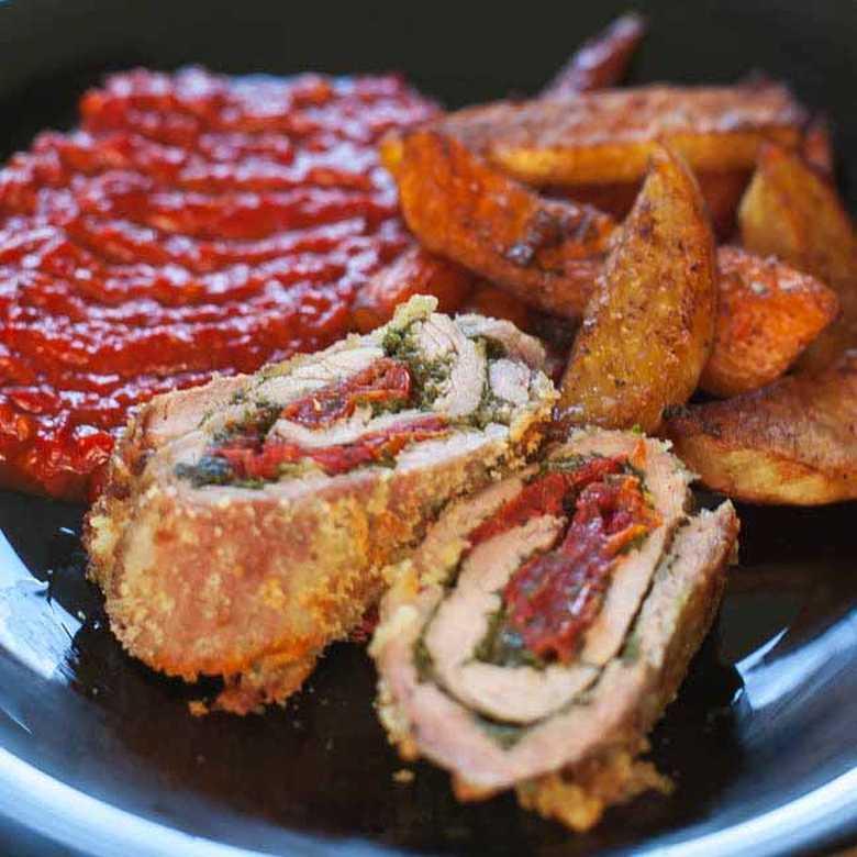Rolovano meso sa pestom i paradajzom