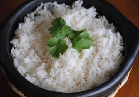 Arroz blanco graneado