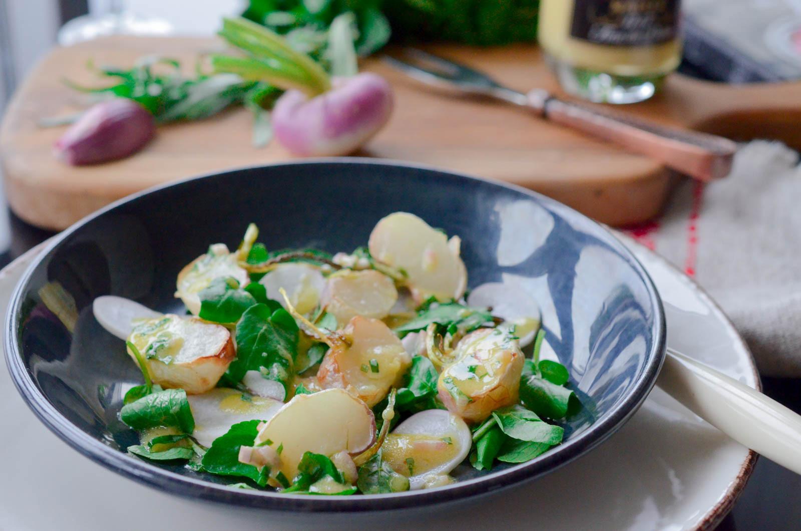 Salade de navets cur cuit, sauce crémeuse à l'estragon