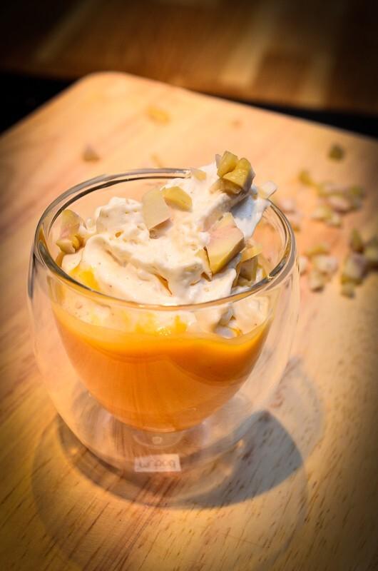 Cappuccino de potiron à la crème de lard fumé