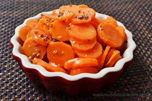 Zanahorias con mostaza, mantequilla y comino