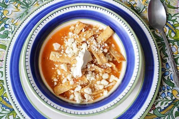 Sopa de tortilla rápida