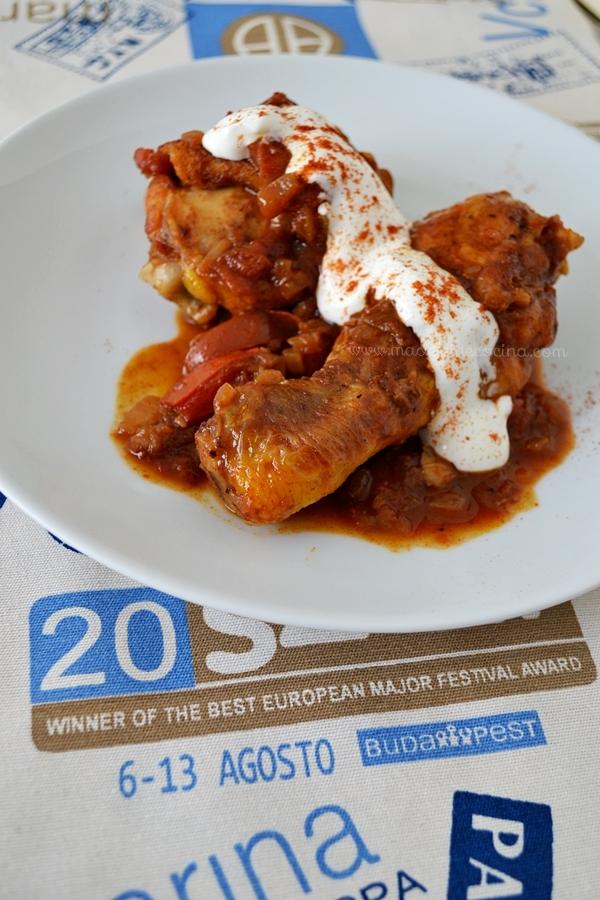 Pollo a la páprika estilo húngaro