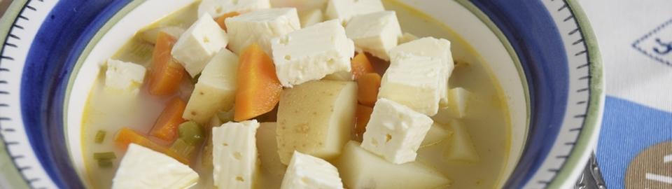 Sopa de papa y zanahoria, vegetariana